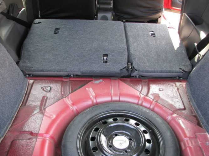 How to Remove Ford Focus Rear Seats (10)