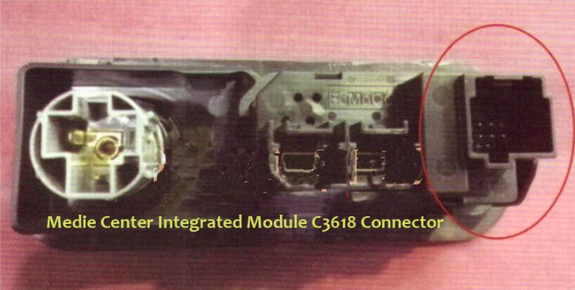 Ford Mustang USB Interface Can Not Charge for Phone (4)
