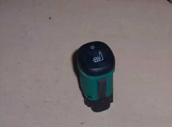 How to Repair Ford Focus SVT Heated Seat Switch (1)