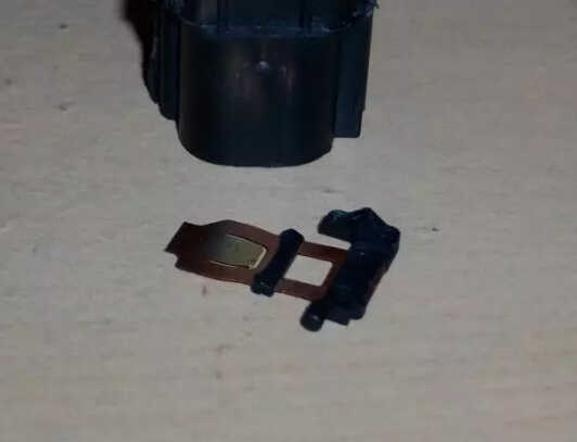 How to Repair Ford Focus SVT Heated Seat Switch (9)