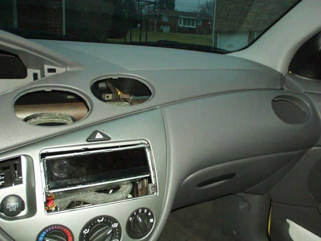 Ford Focus Dashboard Interior Paint DIY Work (4)