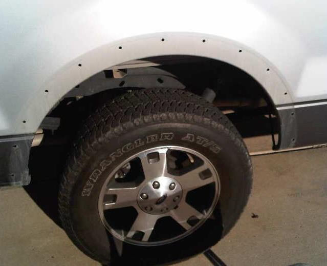Ford F150 Factory Fender Flares Removing & Painting Guide (9)